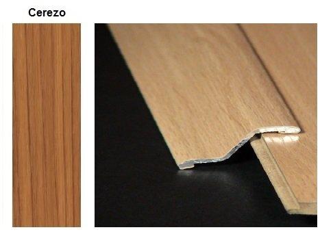 Pletina PVC con escalón imitación a madera Cerezo 0